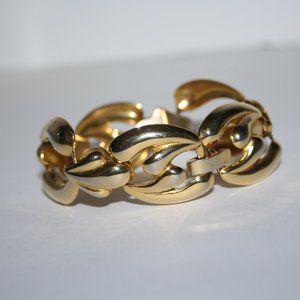 """Vintage gold 6.75"""" bracelet"""